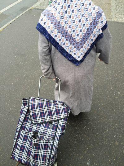 Patterns Woman Trolley Grey Day