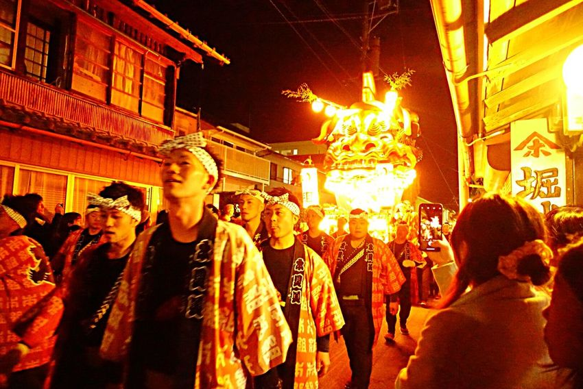 超光ってた ✨ Gold Colored Gorgeous People 祭 Matsuri Festival Karatsukunchi