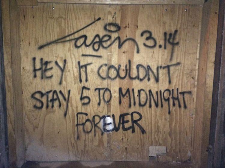 Laser 3.14 Graffiti Street Art