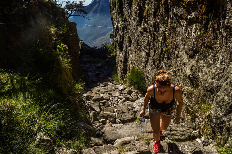 Climbing Table Mountain Backpack Climbing Hiking Hiking Hikingadventures Leisure Activity Table Mountain Valley Woman Hiking Young Adult Traveling Travel Travel Photography