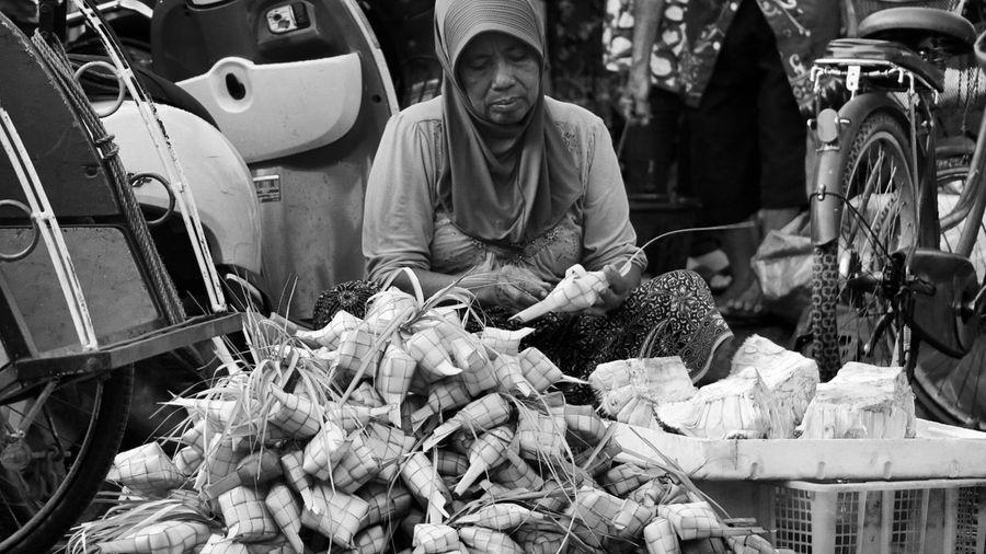 Making of Ketupat Taking Photos Streetphotography Street Photography Black And White Black And White Photography Traditional Culture Eye4photography  Humaninterest Humaninterestphotography Enjoying Life