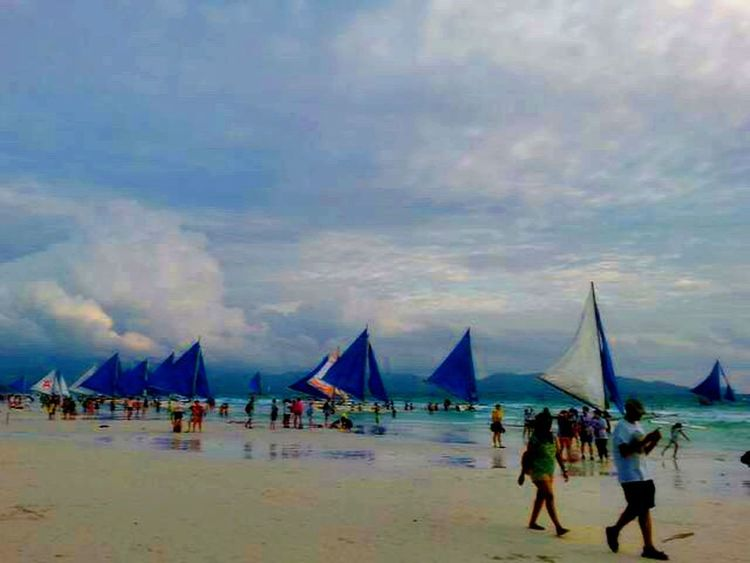 Beach Beach Walk Beach View Traveling The World Sailing Boats Beach Walk At Sunset Beach Waves Boracay Philippines Beautiful Landscapes