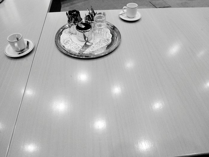 Light Reflection Black And White Coffee Tea Bright Ideas Bottle Opener Tray Sugar Powder Milk Glamour Silver  Chique