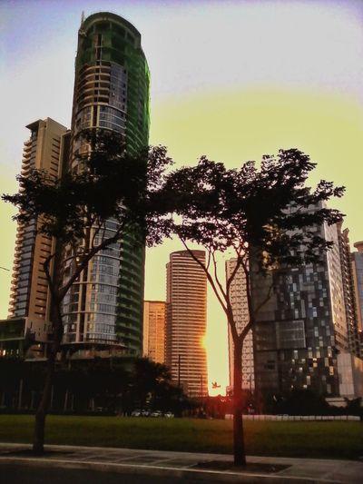 Peekaboo! Architecture Perspectives Sunset Eyeem Philippines Light And Shadow Taking Photos Landscape_Collection EyeEm Manila
