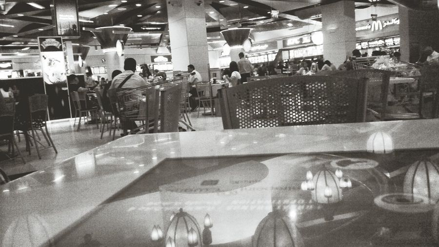 Dubia Mall. Hanging Out Taking Photos Check This Out That's Me EyeEm Best Shots EyeEm Gallery Eyeemphotography Photography Dubai Dubia Mall