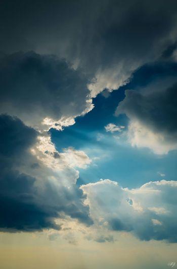 Enjoying The Sun Sky Sky And Clouds Skylover