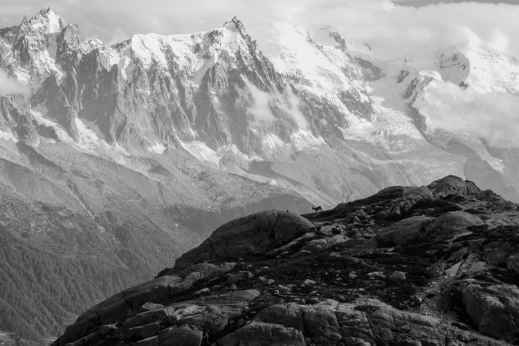 Mountain Mountain Range Nature Landscape Beauty In Nature Tranquility Tranquil Scene No People Outdoors Day Relaxation Roadtrip Randonnée Photography Photographer Fujifilm Montagne FUJIFILM X-T1 Travel Destinations Lifestyles Sky Serenity Lacblanc Montblanc Chamonix-Mont-Blanc
