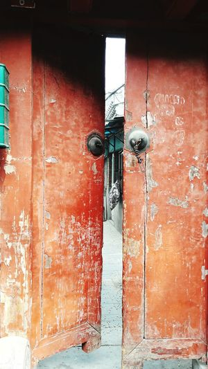 Looking Through Streetphotography Street Life Doors With Stories Doors From The Past Doors Around The World Pillow Private Area Hidden Gems  Open Door Behind The Door Beijing China Beijing Scenes Hutong Exploring New Ground Explorer EyeEm Best Shots EyeEm Best Edits Traveling Every Picture Tells A Story Still Life Architecture Details Textures And Shapes Discover Your City Finding New Frontiers The Secret Spaces The Photojournalist - 2017 EyeEm Awards The Street Photographer - 2017 EyeEm Awards Place Of Heart Stories From The City Adventures In The City