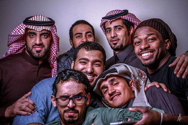 اصدقائي الاعزاء ...صح اوغاد بس احبهم 😁💞✔💯👍😎 Jeddah Ff Gausahdiet HTC Now Explore KSA الاصدقاء سعادة بروتريه تصوير_جماعي جدة