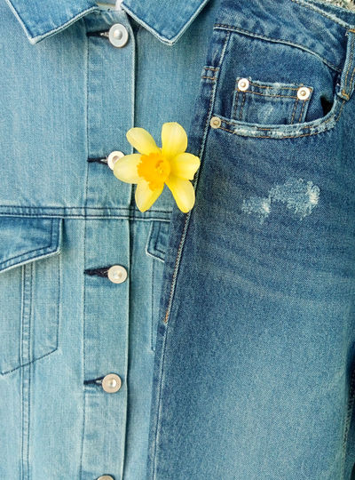 Double Denim inspired=) Fashion trend Spring-Summer 2017 Blue Jeans Daylight Denim Denim Jacket Denimlover Double Denim Dressing Up EyeEm Best Edits EyeEm Best Shots EyeEmBestPics Fashion Photography Fashion Trends Fashionable Inspiration Narcissus Seasonal Spring 2017 Spring Flowers Spring Into Spring Spring Mood Trend Tulip Paint The Town Yellow