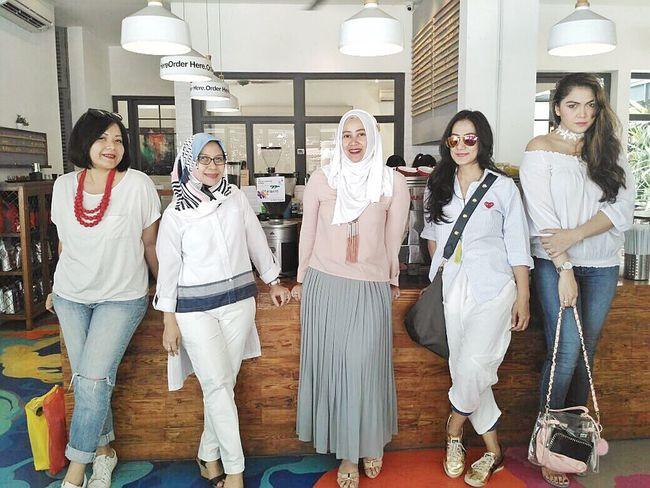 Arisan Ex IMLC's Moms 2nd Round, part 1. At SRSLY Coffee Shop, Cipete Raya. ImpressiveMindsMoms Arisan Ex IMLC's MOMs By ITag Friends By ITag Arisan Ex IMLC's Moms 1 By ITag