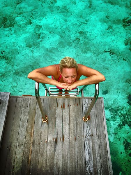 Malediven  Maledives Indian Ocean Indischer Ozean Leiter One Person Wood - Material Ladder Outdoors Water Vacations Day Blond Hair Nature Irufushi Irufushimaldives