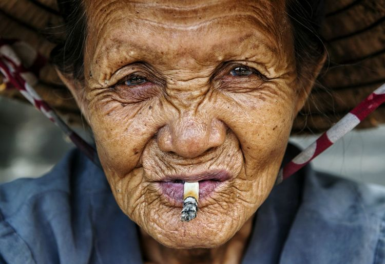 ... Portrait Poverty Portraits Portrait Of A Woman Portraiture Portrait Photography PortraitPhotography EyeEm Best Shots EyeEm Best Shots - People + Portrait EyeEm Portraits EyeEmbestshots EyeEmBestPics Smoke Smoking Smoker Smoker Face