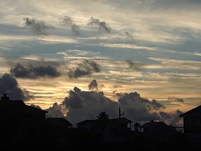 neighbors House Cloud - Sky Sky Sunset Yellow Outdoors The Great Outdoors - 2018 EyeEm Awards EyeEmNewHere The Traveler - 2018 EyeEm Awards The Creative - 2018 EyeEm Awards