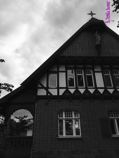 Haus Building Buildings Häuser Blackandwhite Black And White Black & White Blackandwhite Photography Black&white