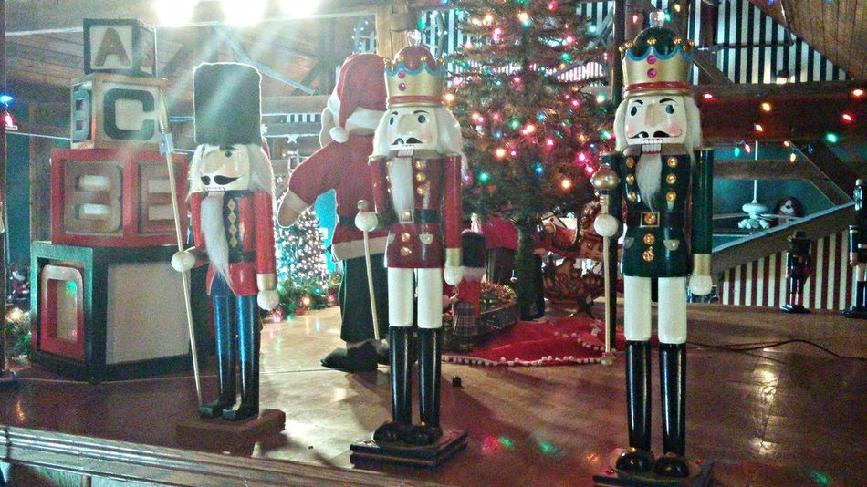 Nutcrackers Enjoying Life Christmas Indiana Relaxing Popular Photos Santa Claus Holiday Festive Decorations