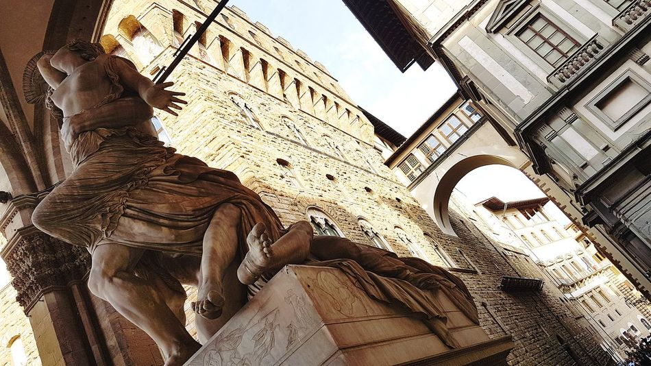 Piazzadellasignoria Florence Italy Firenze Archway Sculpture Italy Vasari Corridor Polyxena Statue