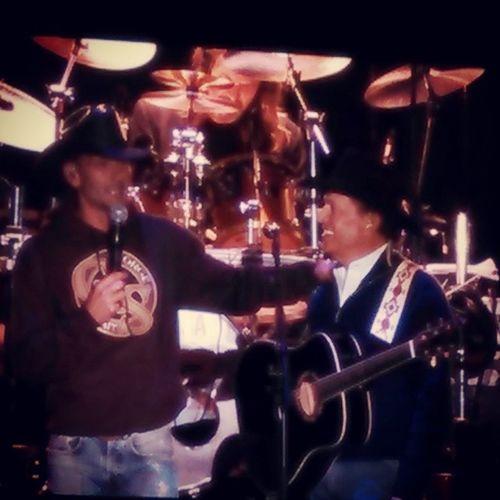 @thetimmcgraw and George Straight on stage together at Gillette stadium. Cowboyridesawaytour