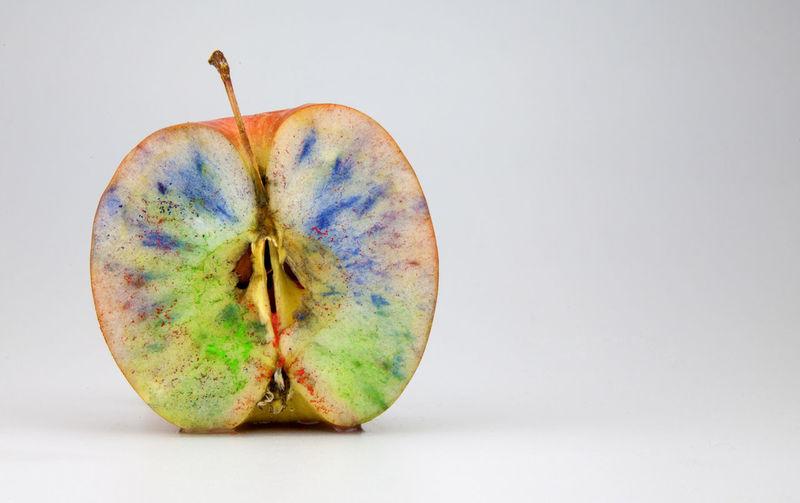 Apple Colors Apple - Fruit Apple Color Day Eaten Food Fruit Iliana⚓️ No People Ogm Studio Shot