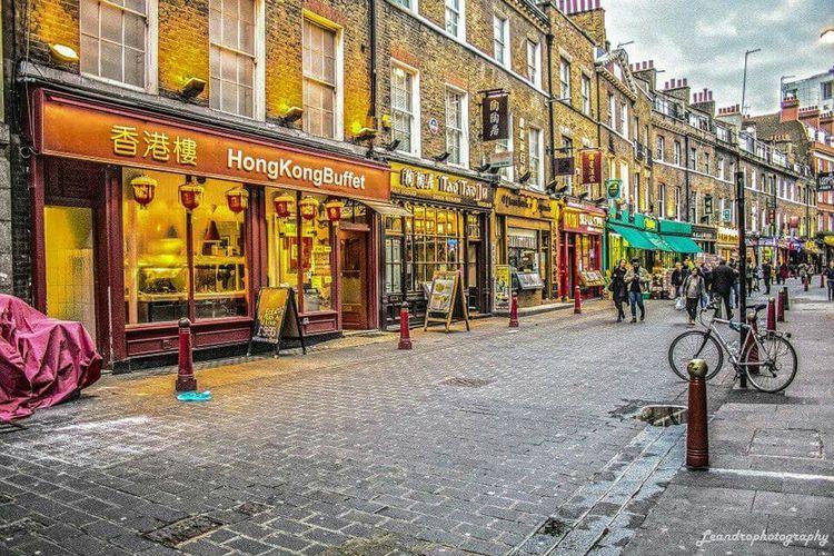 Walking Around Photography Streetphotography Taking Photos London England Central London Digitalphotography Canon Canon 700D