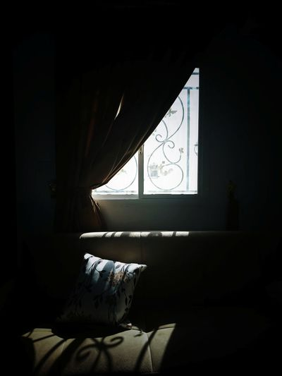 Sofa Silhouette Shadows & Lights Shadow Sun Light Home Interior Window Domestic Room Sunlight Architecture Close-up Built Structure