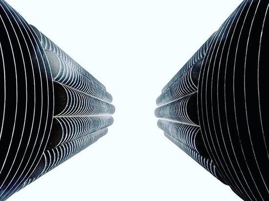 Look up. Chicago Createxplore AOV Streetdreamsmag Lookup Agameoftones Justgoshoot Moodygrams