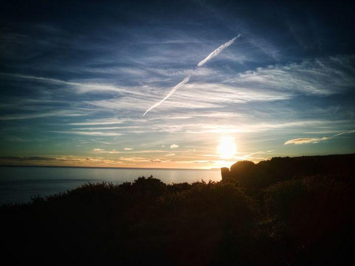 Sundays sky sea