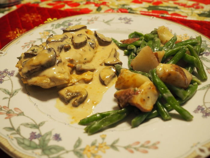 Better View Chicken Marsala Close-up Food Food And Drink No People Plate Ready-to-eat Serving Size Single Dad Sharing Food Food Photography Dinner Plate Of Food Home Cooking Gravy Served Cooked Main Course Dish Serving Dish