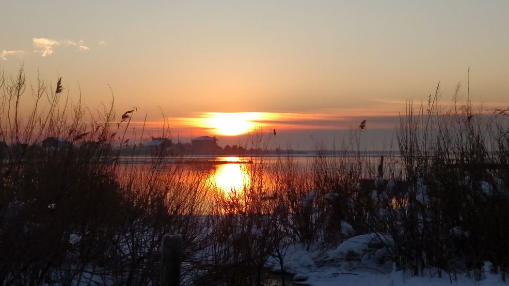 Cold And Warm Eart Universe Good Morning Sunshine Majestic Rise And Shine Serene Outdoors Sunrise Tranquil Scene Winter
