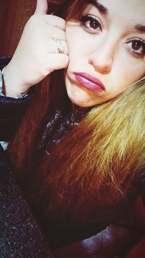 Goodmorning at work.. ❤️🌸 Facce Buffe😜 ScugnizzaNapoletana🌸 Istacoment Girl Napoletana❤️ Instafollow Bellambriana Kisses❌⭕❌⭕ Woman Me Goodmorning World  Buenas Días!  Goodmorning EyeEm  Atwork👶👼💻📱 Smorfiosa