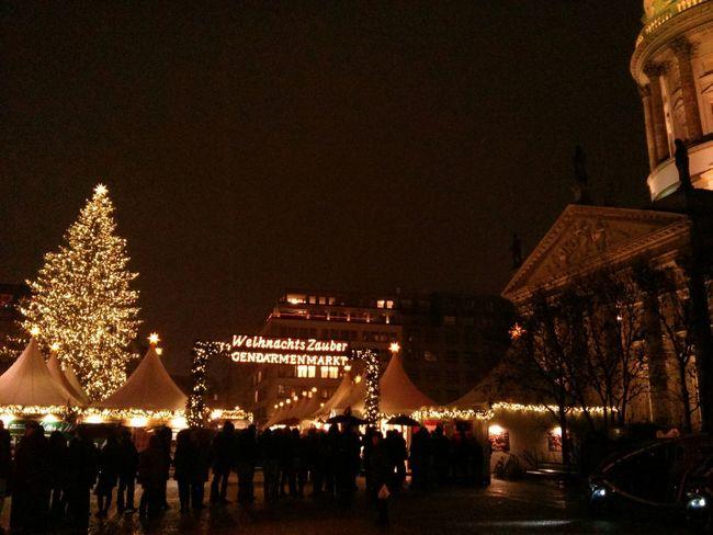 Weihnachtsmarkt Night Lights Soistberlin