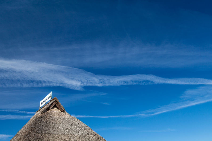 Architecture Blue Built Structure Cloud - Sky Dach Day Minimalist Architecture No People Outdoors Rooftop Sky EyeEmNewHere