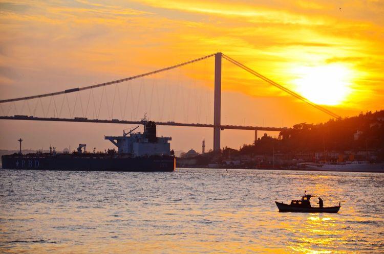 Mycitylove Seaside Sun_collection Istanbul Turkey Istanbuldayasam Taking Photos Streamzoofamily Eyem Best Shots