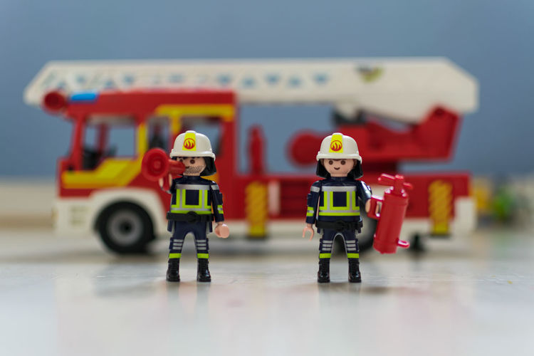 Enfants Pompiers De Paris Childhood Enfant Jouets Model Multi Colored Playmobil Pompier Pompiers Toy Toy Car Mix Yourself A Good Time