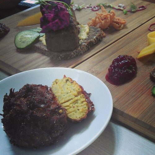 An amazing Smorrebrod and Zucchini & Sweetpotato Rosti brekkie at Surfers' top-TripAdvisor-rated restaurant.