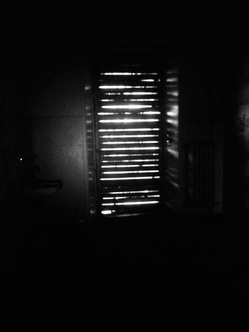 Abandoned Abandoned Places Abandoned House Abandoned Hospital Abandoned Things Abandoned Buildings Verlassene Orte Verlassene Plätze Verlassene Klinik Verlassen Blackandwhite Black And White Black & White Dark Darkness And Light Light Light And Shadow Shadow Shadows & Lights Darkness Darkart Dark Photography Darkroom Dark And Light Light In The Darkness