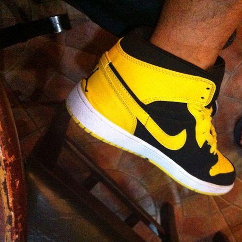 Boom! Newlove Retros Jordan Kicks Nike Check