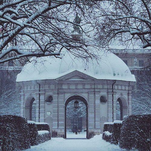 Beautiful Atmosphere and Nature . The Dianatemple at the Hofgarten garden covered in snow. near odeonsplatz. snowing, white winter. munich münchen bayarn Deutschland Germany. Taken by my SonyAlpha dslr A57. ثلج شتاء حديقة ساحة بافاريا ميونخ المانيا