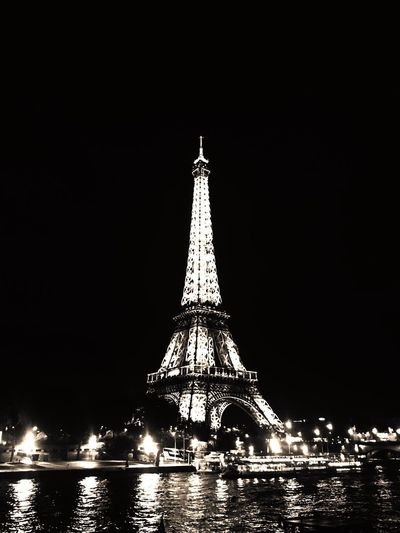 Architecture Built Structure Tall - High Travel Destinations Tourism Tower Night Travel Illuminated Copy Space Building Exterior Outdoors No People Sky Low Angle View Clear Sky City Paris Eiffel Tower Nightphotography Love