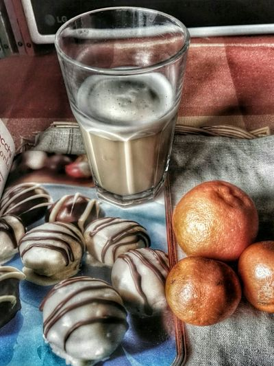 Mandarini EyeEm Best Edits EyeEm Gallery EyeEm Best Shots Colazione Break Coffee Time Milk And Coffee Mandarin Oranges Caffè Fruit Fruits Mandarine Good Morning Cup Liquid LunchOn The Table Cappuccino Breakfast Ricette Book Libro Di Ricette Recipe Recipe Book Desserts