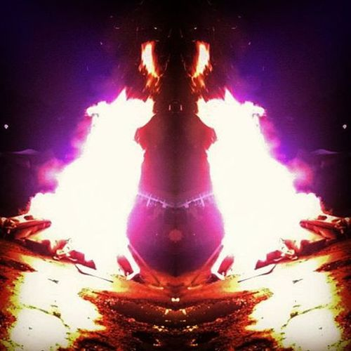 Take a photo of a bonfire using a mirror effect and you too may capture a devil with flaming horns and wings! Bonfire November5 Guyfawkes  FilteredToDeath Mirror Devil Demon Darkened Satanintheflames