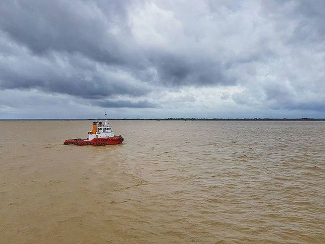 Igersmyanmar Myanmar Burma Thilawa Thilawaport Ship Instagood River AOV Instagood Artofvisuals Yourworldgallery Choose2create Travelgood Vacationinstyle Alphahype Meistershots