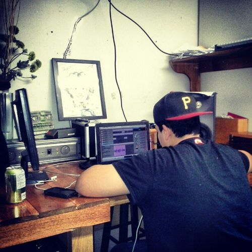 Lex Reyes Working On his mixtape Swaggin out Mofos