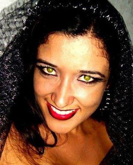 Hoje é dia de soltar a bruxa! Halloween Viuvanegra SoDelicious 👻🐱👾🎃😱