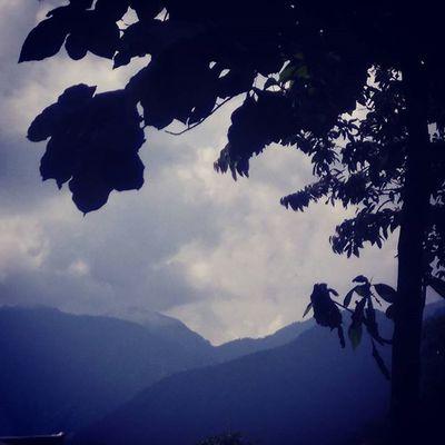 Dheradun Barish Mountain Rain Cloudy Perfect day Lyk Follow View Sony Perfect Day