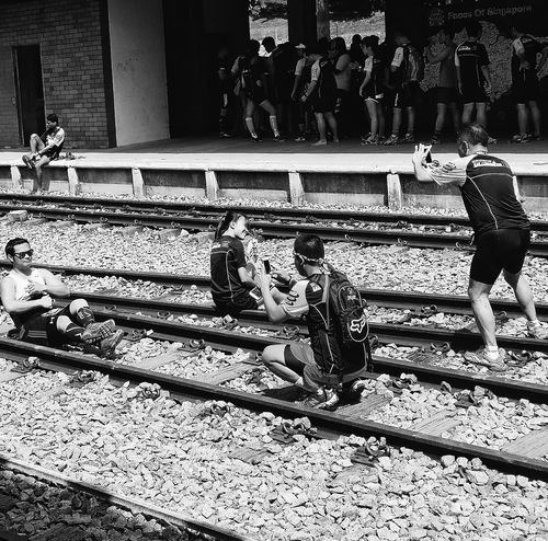 Taking Photos Post-run Runners Railway Tracks Snapshots Of Life Capture The Moment Streetphotography Tanjong Pagar Railway Station 3May1932-1July2011 Rail Corridor Run 31 January 2016 Eyeemphotography EyeEm Gallery Eyeemcollection Eyeem Streetphotography
