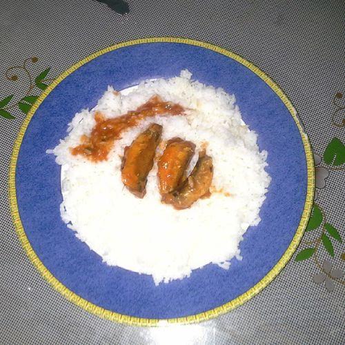 Craving for sardines in tomato sauce with chili Pinoycomfortfood Foodporn Craving Sardines 100 %pinoy