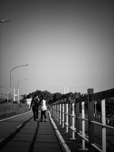 2017/4/3 家族群像 於社子堤防 Taiwan Family Family❤ Family Time Bw Bw_lover BW_photography B&w Photo B&w Bw Photography B&w Photography Bwphotography Togetherness Women Sky Holiday Moments EyeEmNewHere