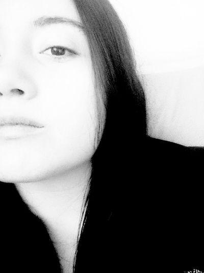 This Is Me Taburcu Blak And White