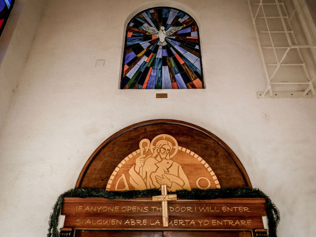 San Lorenzo, Catholic Church, Clint Texas. Saint Lorenzo is the Patron Saint of Cooks Architecture Art And Craft Religion Belief Built Structure Place Of Worship Spirituality Building Creativity Indoors  Craft Representation No People Low Angle View Arch Human Representation Angel Ceiling Ornate Altar Mural